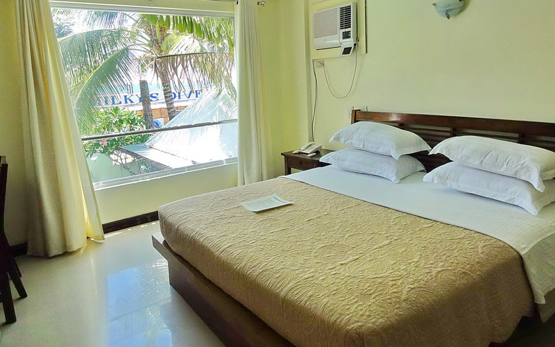 Beachcomber Honeymoon Suite
