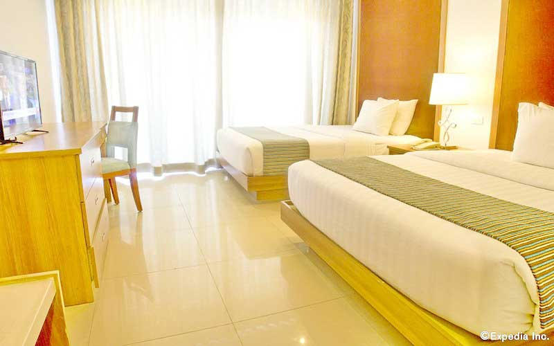 Crown Regency Resort and Convention Center Boracay