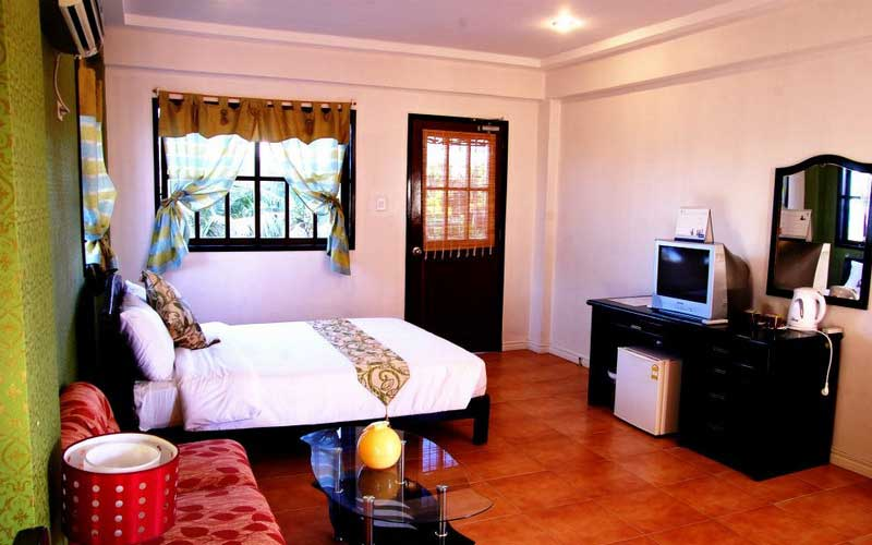 Feliness Resort Boracay