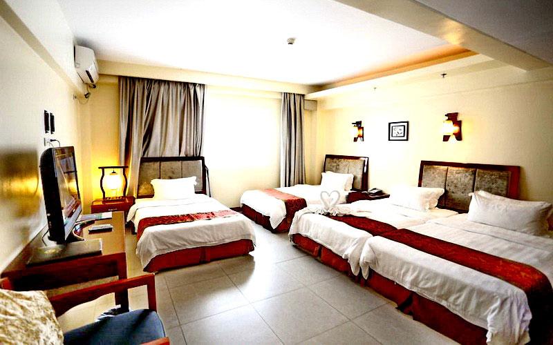 Golden Phoenix Hotel Boracay