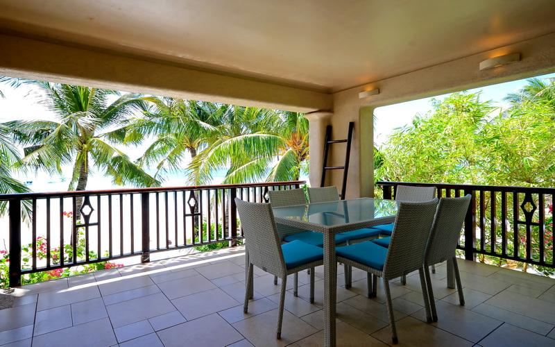 Mayumi Beach Villa Top
