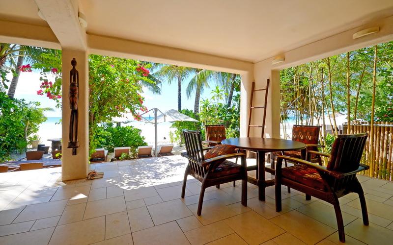 Mayumi Beach Villa Down