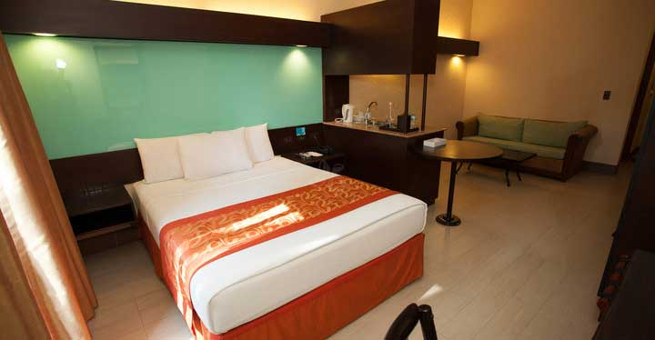Microtel in Boracay 1 Queen Beds