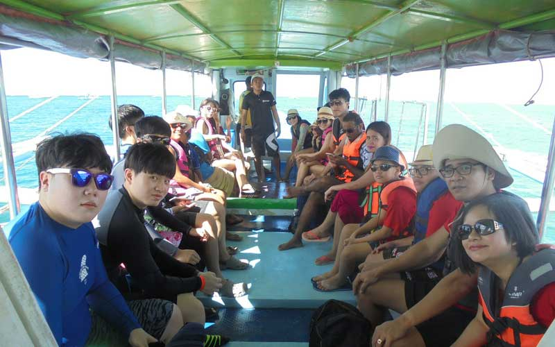 Island Hopping Boracay Activities