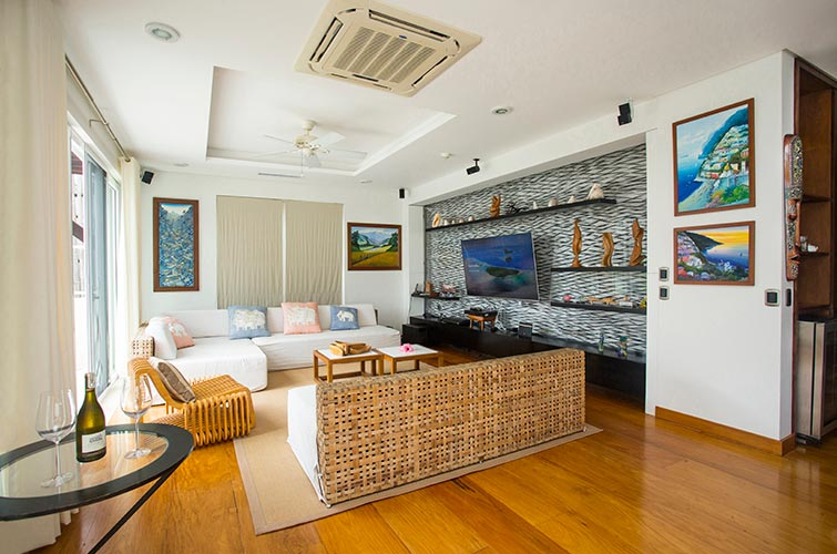 Beachfront 3 Bedroom Luxury Penthouse