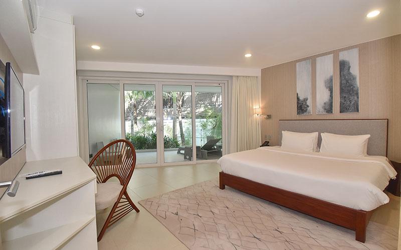 Aqua Boracay Premier 1BR Suite Garden View